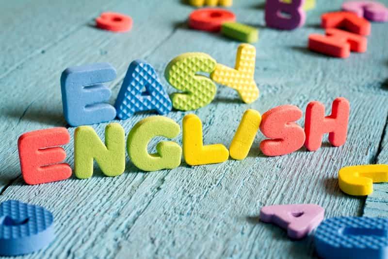 دیکشنری ابزار بسیار مهمی برای آموزش زبان انگلیسی